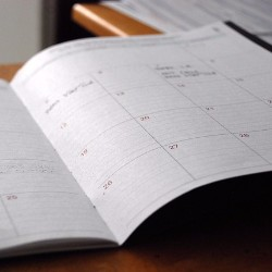 You can fundraise for a funeral or memorial with custom calendars.